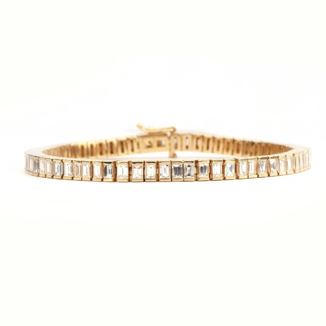 EMERALD CUT DIAMOND TENNIS BRACELET,  7.42 ct, I-J, VS1