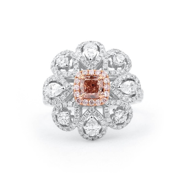 Fancy Orangy Pink radiant Diamond floral design, 0.78 ct, SI1, GIA