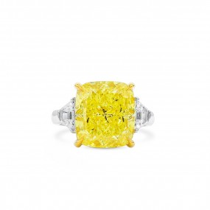 艳 黄色 钻石 戒指, 9.86 重量 (10.61 克拉 总重), 枕型 形状, GIA 认证, 2205812044