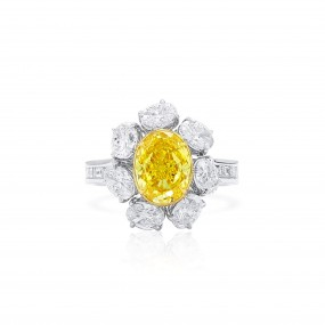 艳 黄色 钻石 戒指, 2.07 重量 (4.13 克拉 总重), 椭圆型 形状, GIA 认证, 2211101091